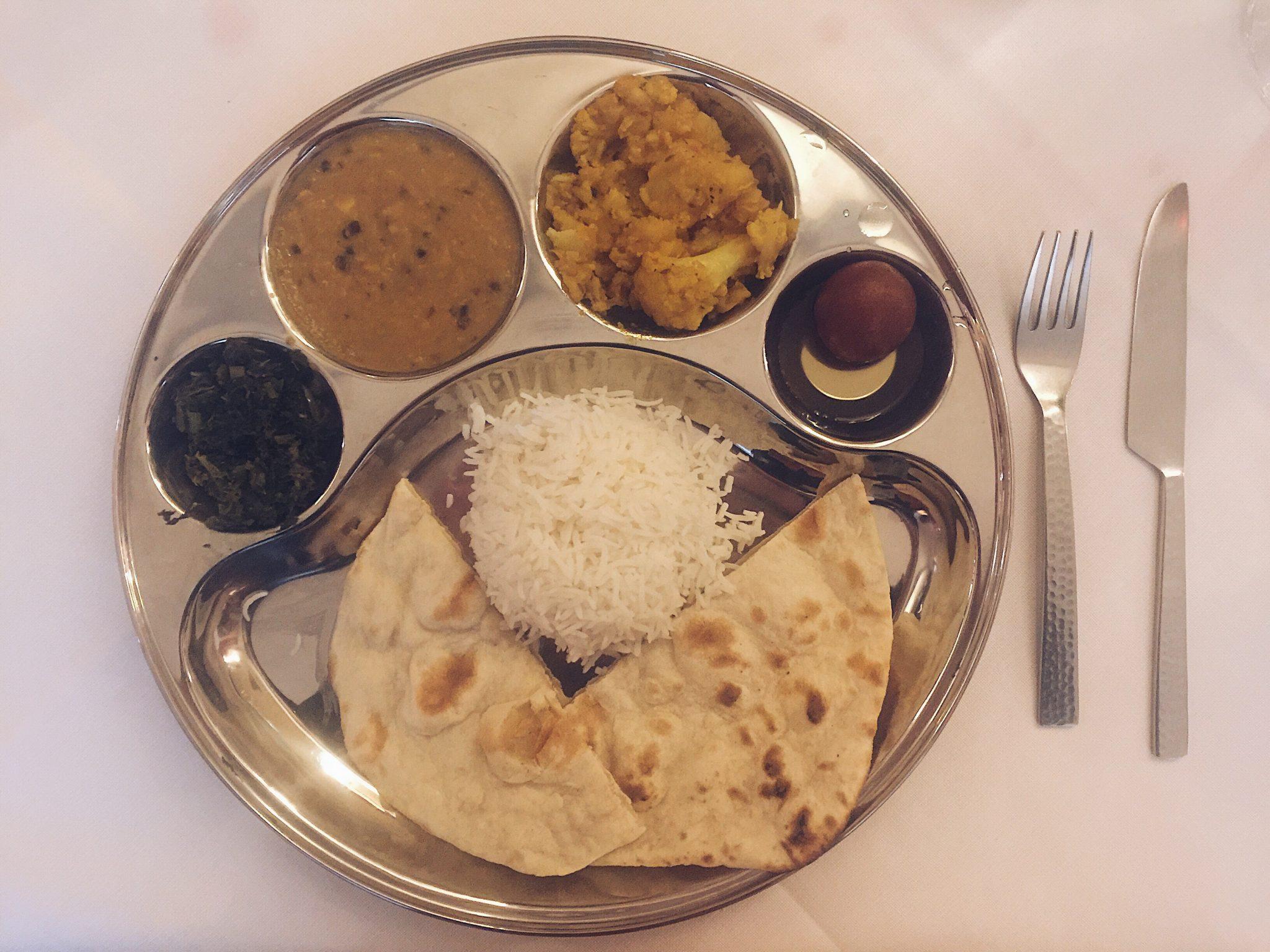 Ayurveda, test, alimentazione, massaggio, prodotti e utilità, ristorante indiano rangoli Milano - foto di tatianaberlaffa.com