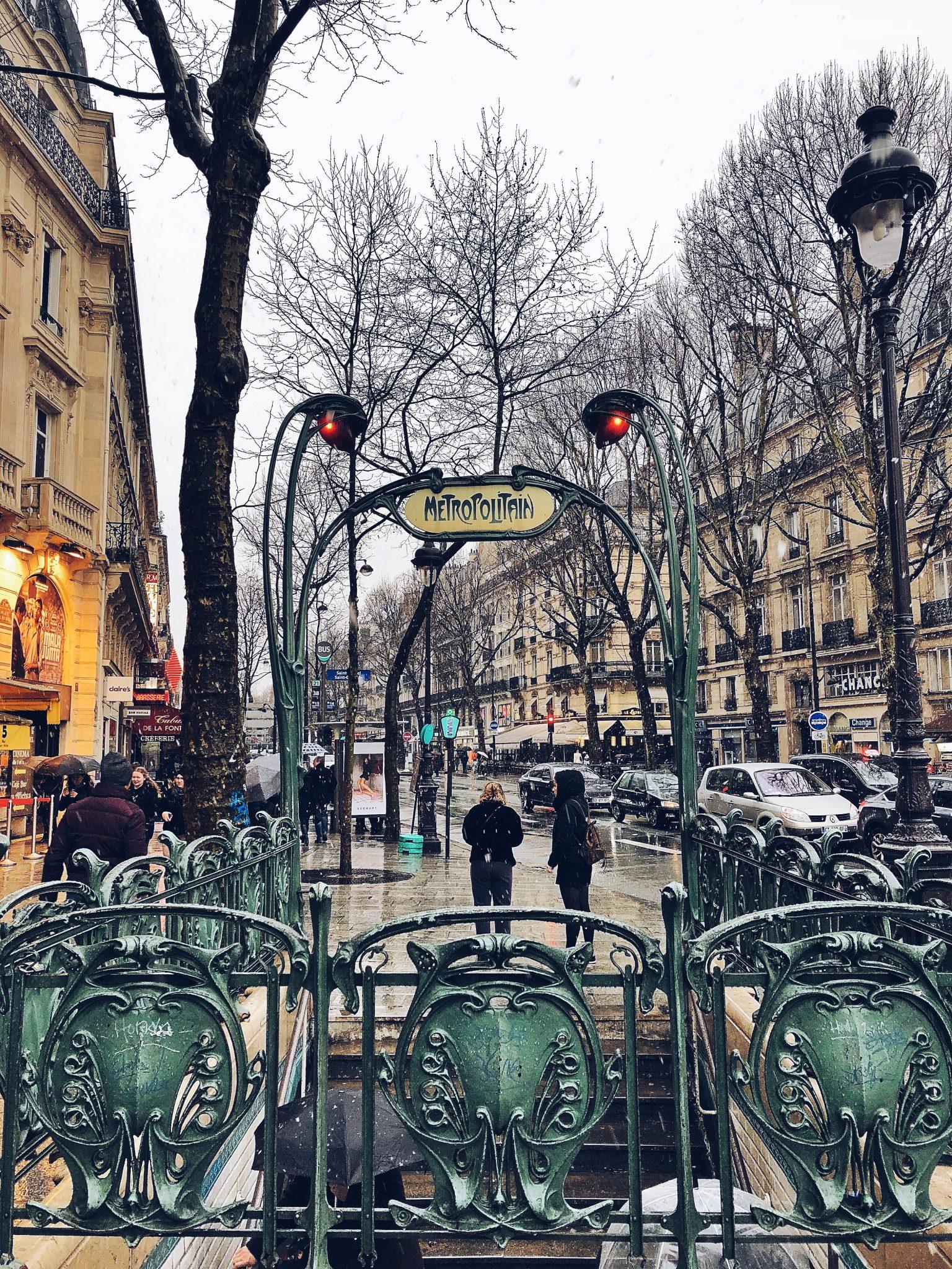fermata della metropolitana di Parigi - tatianaberlaffa.com