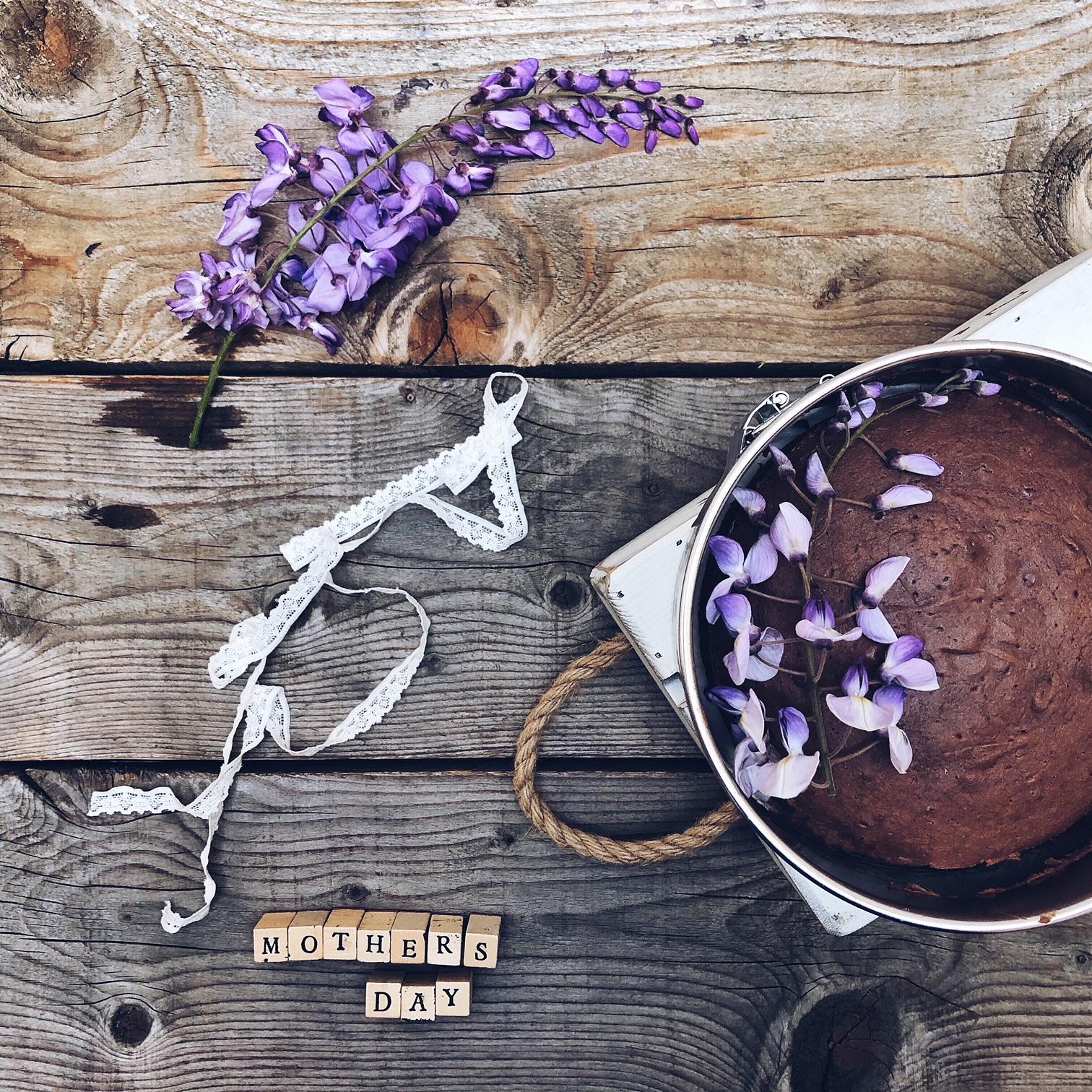 Torta al cacao senza zucchero per la festa della mamma - tatianaberlaffa.com