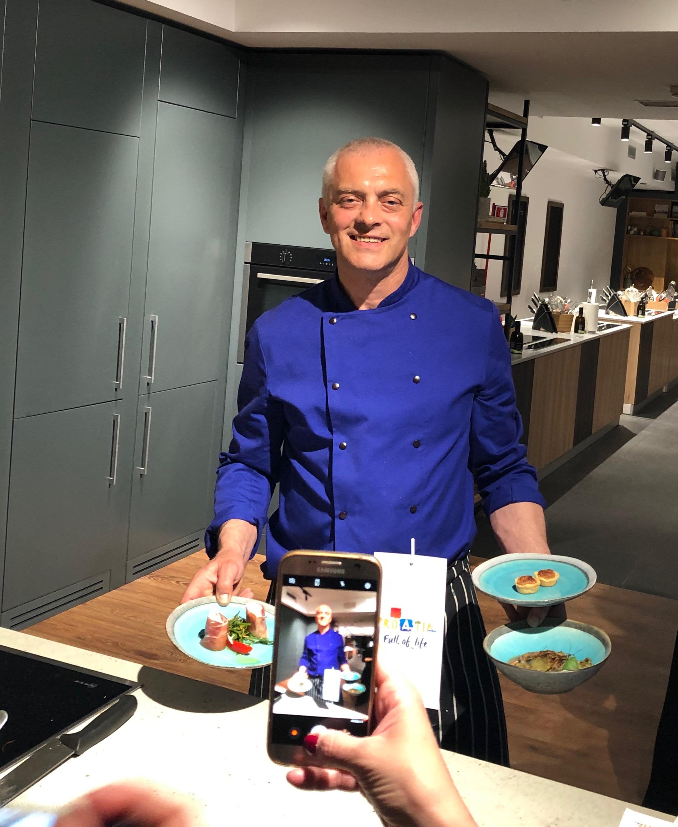 Showcooking dello Chef Renato Kraljev alla cena croata a Milano