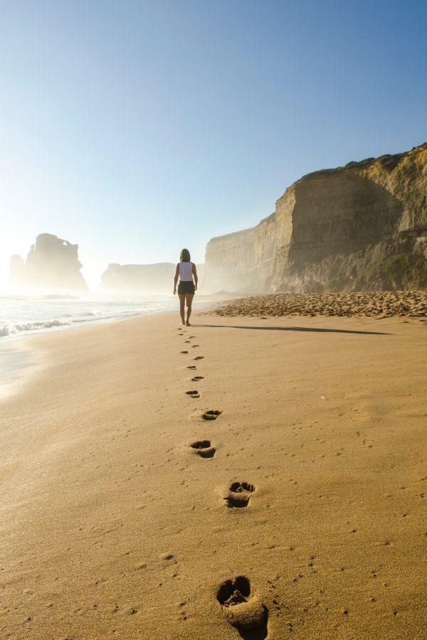 Cos'è la Walking Meditation o meditazione camminata e come praticarla